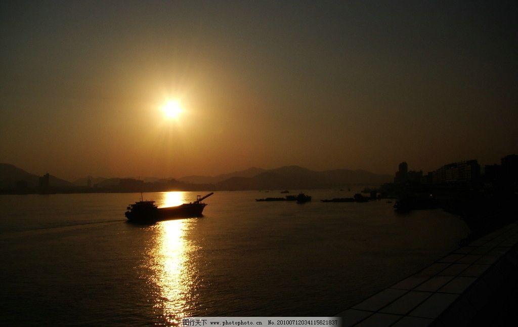 江边看日落孤舟 日落 落日 孤舟 江河 晚霞 自然风景 旅游摄影 摄影