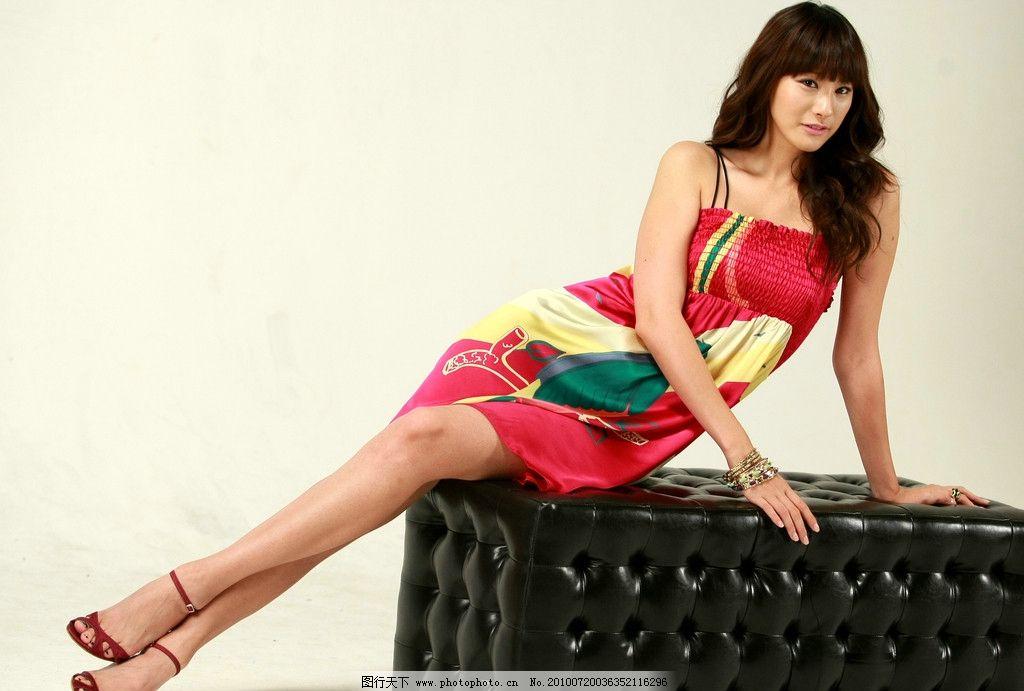 柳仁英 韩国女演员《loveholic》《爱情中毒》《雪之女王》《我们的赵