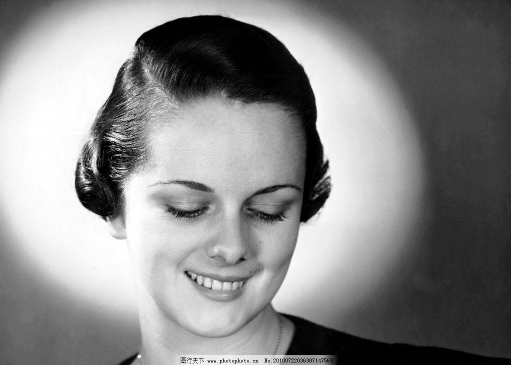 气质女明星 好莱坞 奥斯卡 金像奖 电影 发型 老照片 黑白 赫本图片