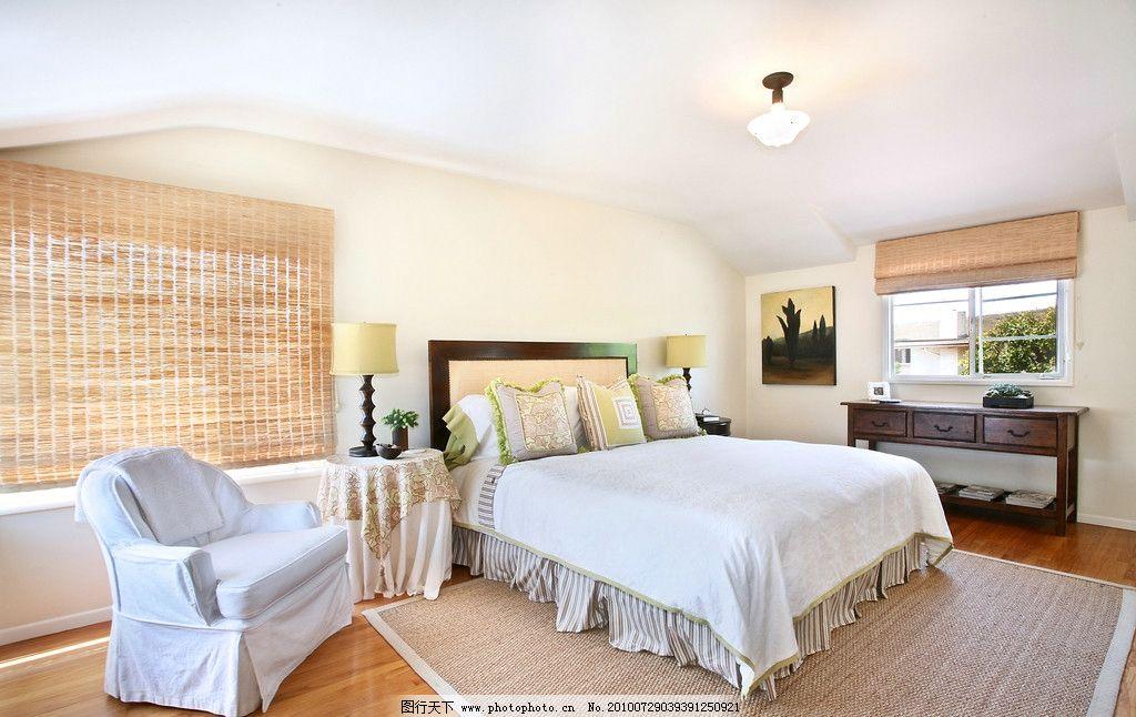 卧室 欧式卧室 家具 床 装修 古典 欧式家具 台灯 地毯 窗帘