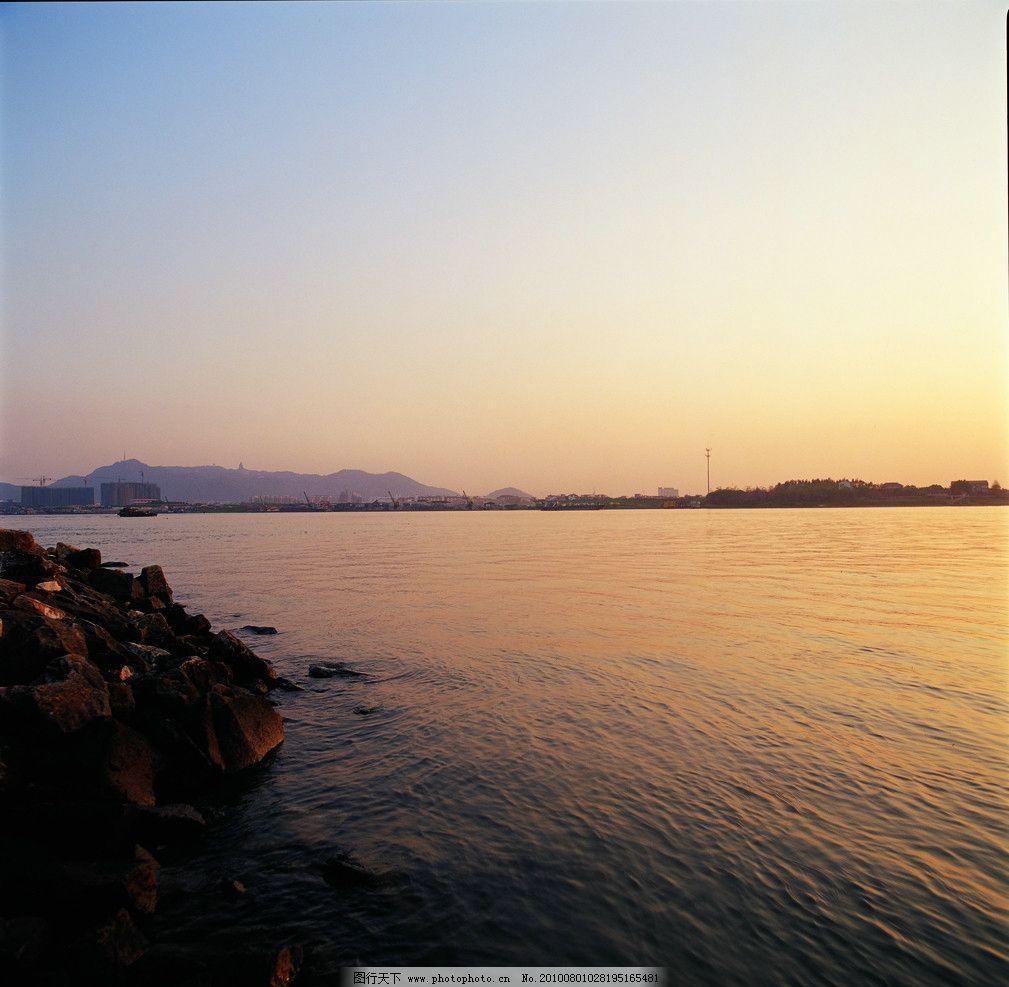 海岸 海 海水 小岛 山 夕阳 景观设计 环境设计 设计 350dpi tif
