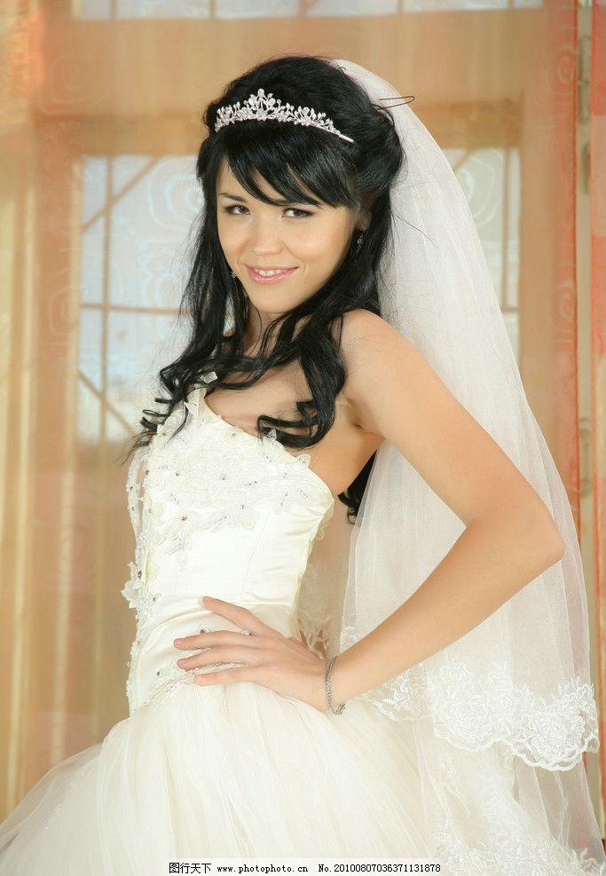 白色婚纱 性感 黑发 美丽 欧美 幸福 俏皮 可爱 新娘 人物摄影 人物