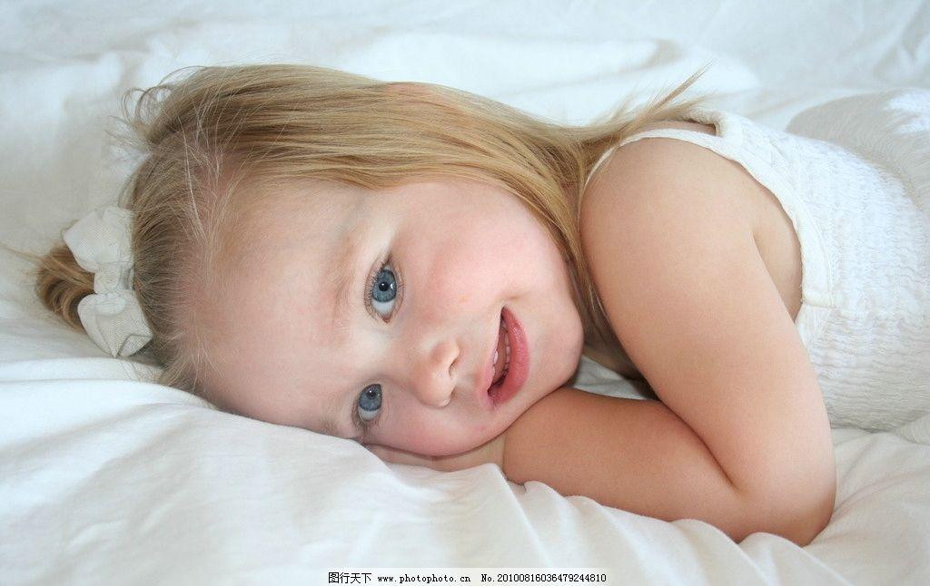 国外可爱儿童 女孩 可爱 外国 宝宝 baby 小孩 孩子 幼儿 国外 小机灵