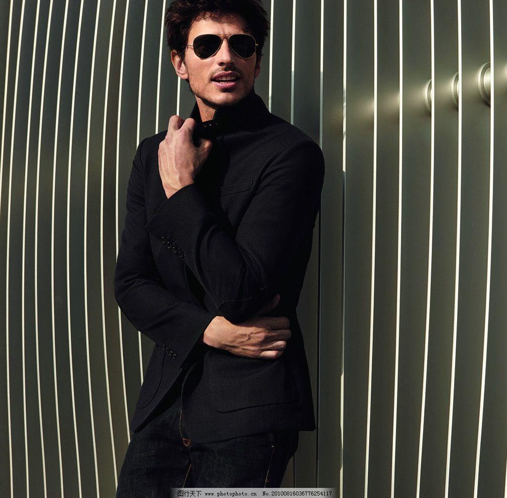图沙蒂 形象 男 外国男人 帅哥 模特 时尚男装 时尚眼镜 男性男人