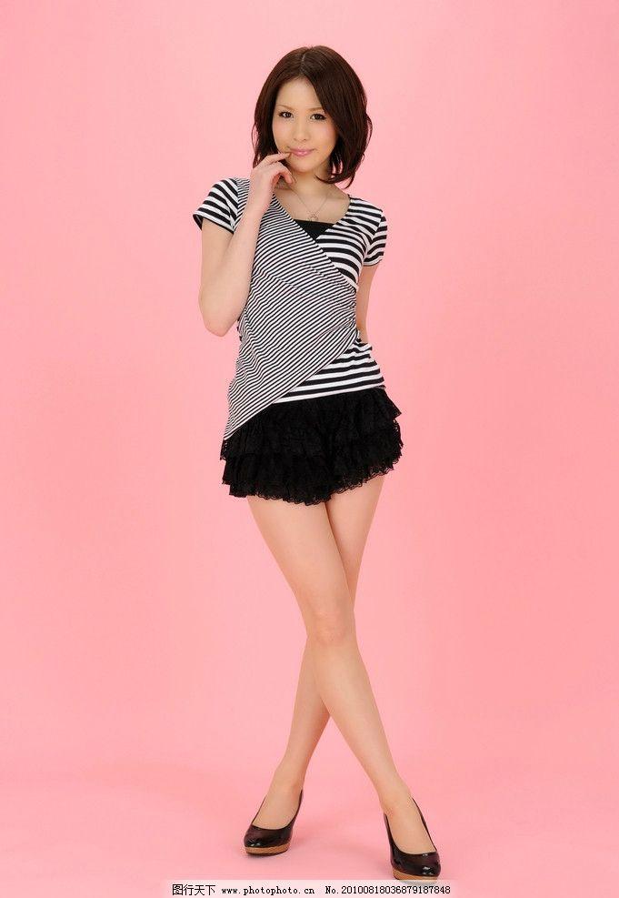 少女美腿丝袜 少女 美女 美腿 丝袜 性感 迷人 可爱 清纯 苗条 超短裙