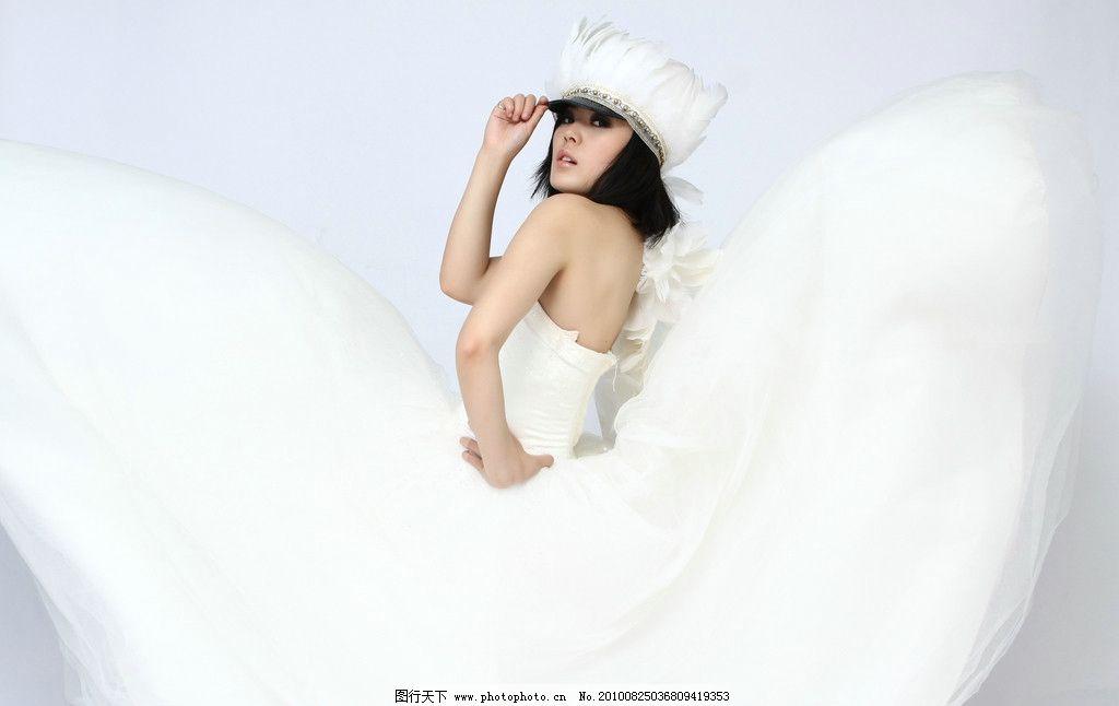 女人 写真 婚纱 样片 摄影 室内 造型 可爱 天使 白裙 女性女人 人物