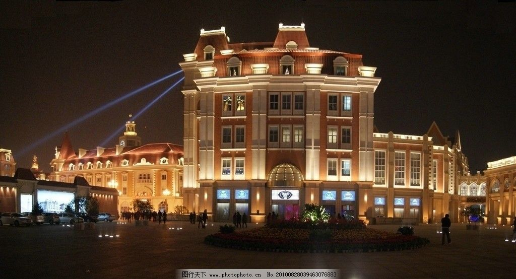 欧式建筑现代灯光图片