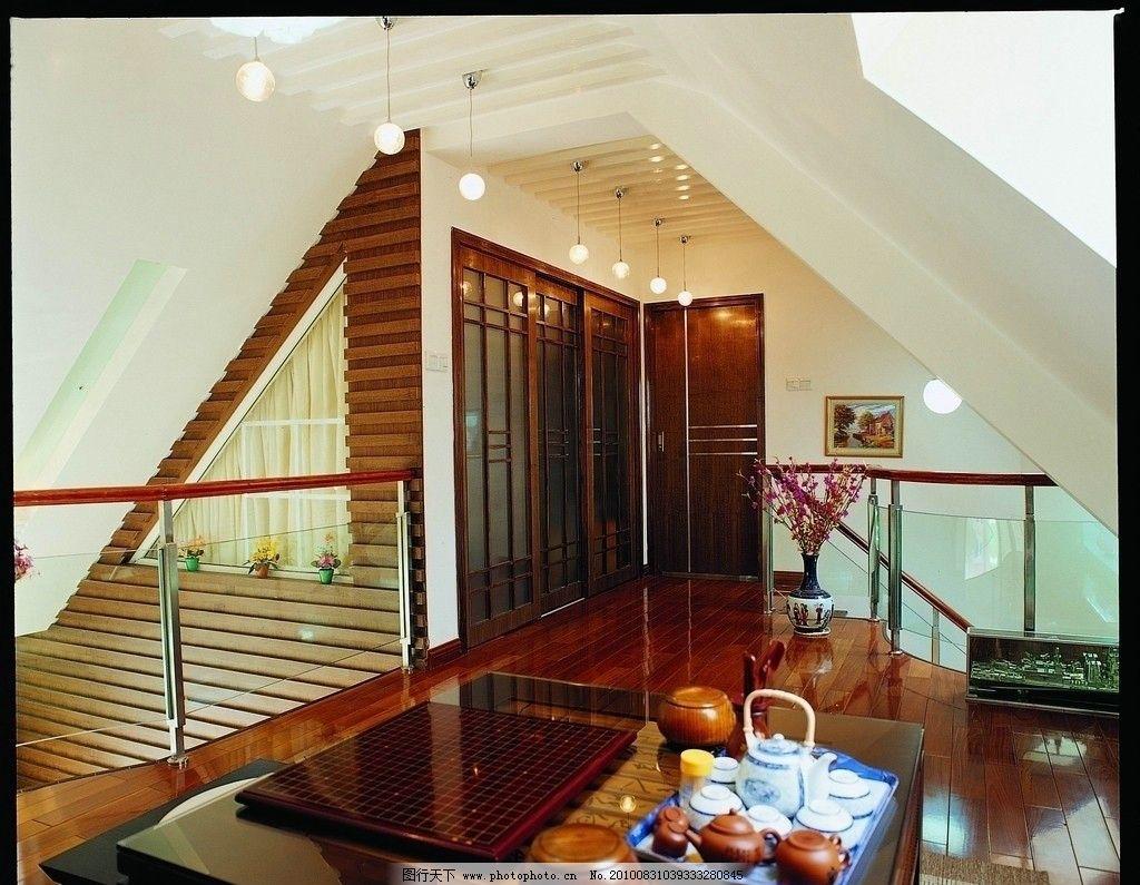 室内装修 室内装饰 楼梯转角设计 茶具 棋具 玻璃护栏 花盆装饰