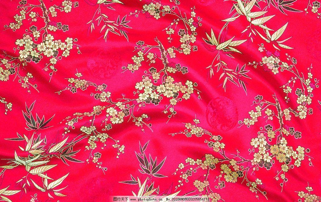 红色丝绸 刺绣 背景 底纹 绸缎 丝绸 布料 花纹 花朵 树叶 设计 绸缎