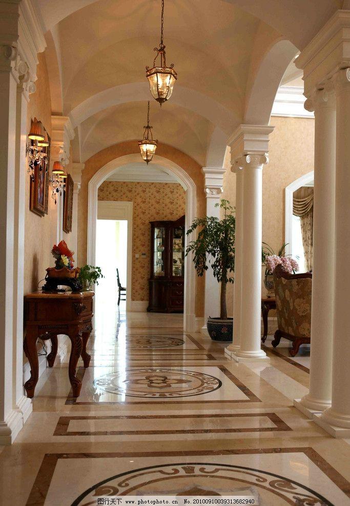 走廊 拼花大理石 欧式理石柱子 吊灯神龛 壁灯 门头造型 室内摄影