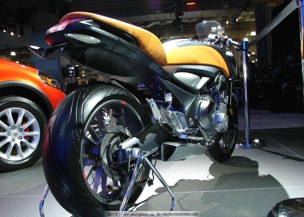 铃木 概念摩托车图片
