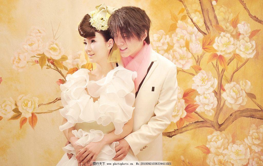 梦幻色调婚纱照图片