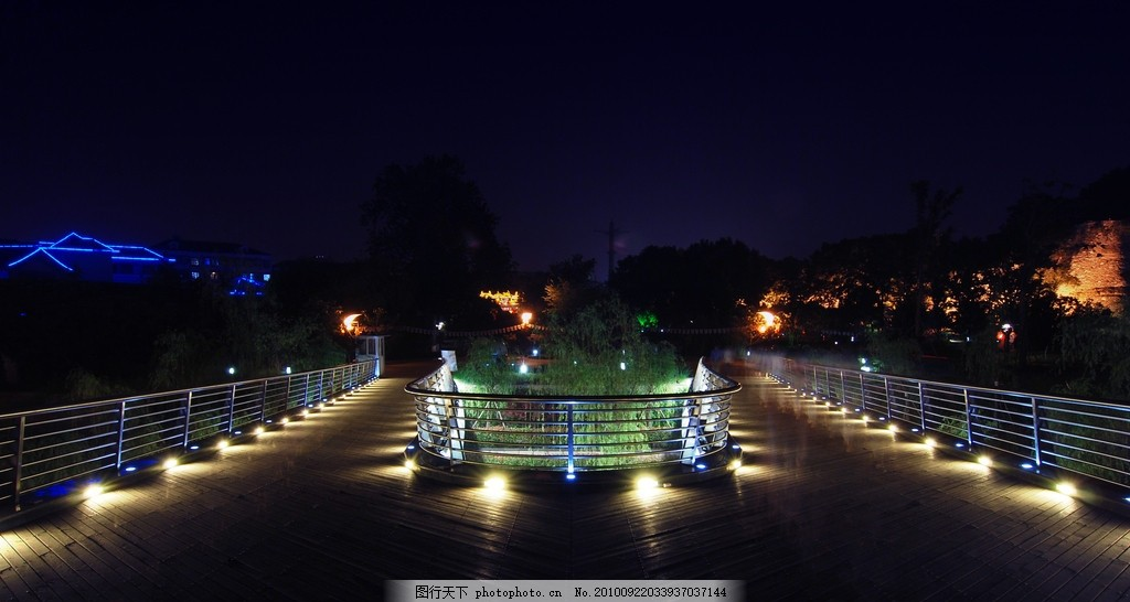 效果设计 护栏 防手栏杆 深夜 公园亮化 夜景效果图 环境设计