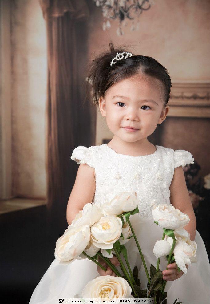 儿童小美女 小美女 小女孩 白色裙子 可爱 宝宝 活波 天真 儿童摄影