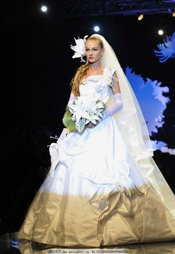 模特 婚纱 鲜花 高雅 披肩 薄纱 创意 西式 女性女人 人物图库 摄影